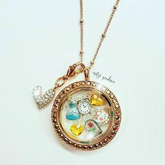 Who's favorite fairy tale is Beauty & the Beast?? #BeautyAndTheBeast www.charmingsusie.origamiowl.com