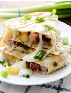Hawaiian Quesadillas – Recipe Diaries – Famous Last Words Ww Recipes, Skinny Recipes, Pork Recipes, Quesadillas, Healthy Baked Chicken, Baked Chicken Recipes, Weight Watcher Smoothies, Weight Watchers Meals, Healthy Sweets
