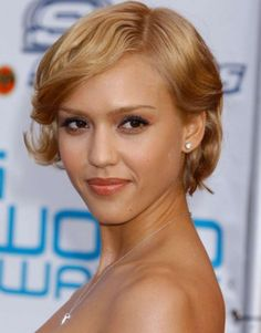 Short hairstyle for curly hair :: one1lady.com :: #hair #hairs #hairstyle #hairstyles