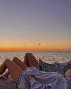Beach Aesthetic, Summer Aesthetic, Flower Aesthetic, Travel Aesthetic, Summer Feeling, Summer Vibes, European Summer, French Summer, Italian Summer