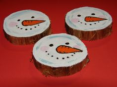 Recycled Tree Stump Snowmen Ornaments 3 by DianaEvans, via Flickr