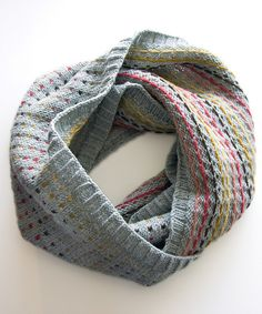 Ravelry: Minno Cowl pattern by Megan Goodacre - made in quince chickadee. #knit #scarf #cowl