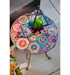 One look at Pier Elba Mosaic Accent Table and we instantly think of summer patio parties. With a colorful, hand-applied mosaic top and sturdy weather-resistant iron frame, Elba may become the center of attention?especially when food and drinks join i Mosaic Crafts, Mosaic Projects, Mosaic Art, Mosaic Glass, Mosaic Tiles, Diy Projects, Easy Mosaic, Stained Glass, Mosaic Backsplash
