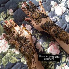 Circle Mehndi Designs, Kashee's Mehndi Designs, Modern Henna Designs, Floral Henna Designs, Simple Arabic Mehndi Designs, Beginner Henna Designs, Latest Bridal Mehndi Designs, Mehndi Designs For Fingers, Mehndi Desighn