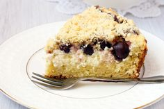 Make blueberries the star of your favorite desserts and be the hit of the summer!   1. Melt In Your Mouth Blueberry Cake  kitchme.comThis mouthwatering cake