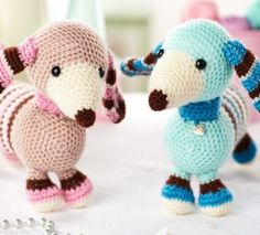 Molly and Max Dachshunds - free crochet pattern download from Let's Knit!