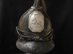 This is the very first model of headgear that was issued to American Cavalry or Dragoon Soldiers in We buy, sell, authenticate, collect and appraise all kinds of United States Military headgear, hats and uniforms. Helmets For Sale, War Of 1812, Leather Hats, American Revolution, Headgear, Revolutionaries, Leather Backpack, Military Hats, Antiques