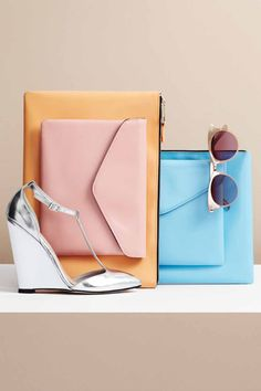 Nice still life. Still Life Photography, Lifestyle Photography, Fashion Photography, Fashion Still Life, Fashion Mode, Asos, Foto Still, Going Out Outfits, Clutch Purse