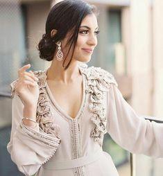 "1,453 Likes, 5 Comments - Maghreb & Oriental Luxury (@maghreb.oriental) on Instagram: "" #caftan #mariage #mariagemarocain #marieemarocaine #wedding  #moroccanwedding #takshita #caftan…"""