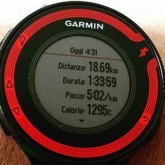 Il bagno a mare è stato stupendo!  The seabath was extraordinary!  #jobdone #goodrunningmorning #earlybird #escisubito #instarun #igrunner @garmin @garminitaly #igersitalia @igrunners #training #corsa #instatraining #followme #followforfollow #forerunner #fr220 #nessunascusa #runlover @justrunnnxc #instamarathon #maratona #runnerscommunity #justdoit @decathlonitalia @cepcompression #giovedì #thursday #runbeforethesun #saucony