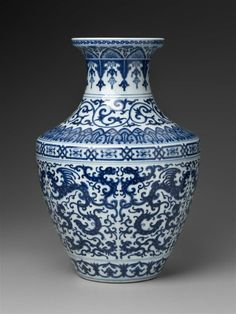 Vase with Blue & White Phoenix + Winged Dragons. Chinese, Qing Dynasty, Qianlong Period, 1736-95. Porcelain. #blue_white #pottery #Chinese #dragon #phoenix