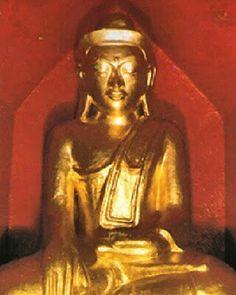 9 Wonders of Shwedagon Pagoda: 3. Shin Saw Pu (Shin Saw Bu) Buddha Image located near north-west corner. #Shwedagon #Pagoda #Buddha #9wonders #ShinSawPu