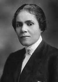Georgia Ann Robinson became the first Negro-American female police officer in the country, Los Angeles, 1916.