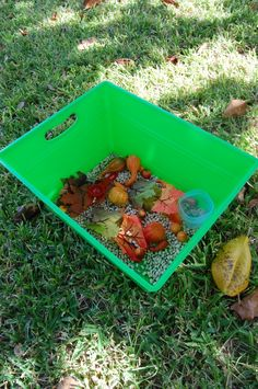 Homeschool Preschool: Sensory Tubs. Tubs and containers from Dollar Store!