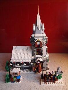 Expand the Winter Village Contest III - Winners! Lego Christmas Village, Lego Winter Village, Lego Village, Lego Gingerbread House, Gingerbread Christmas Decor, Casa Lego, Lego Decorations, Lego Kits, Lego Modular