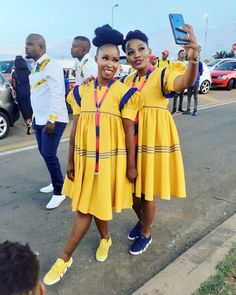 Sotho Traditional Dresses, Pedi Traditional Attire, South African Traditional Dresses, Traditional Dresses Designs, Traditional Wedding Attire, Traditional Outfits, Wedding Dresses South Africa, African Wedding Attire, African Attire