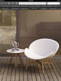 Dansk loungechair te koop bij Van Haneghem. Informeer via www.vanhaneghem.nl naar maten, prijzen en leveringsvoorwaarden.