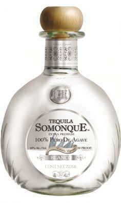 Somonque Extra Premium Blanco Tequila Bottles, Liquor Bottles, Vodka Bottle, Perfume Bottles, Top Tequila, Alcohol Spirits, Agave, In Vino Veritas, Whisky