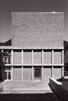 Massimo Ferrari, Marco Introini Photography · Restauro di Palazzo Tentorio e nuova sede comunale, Canzo, Como · Divisare