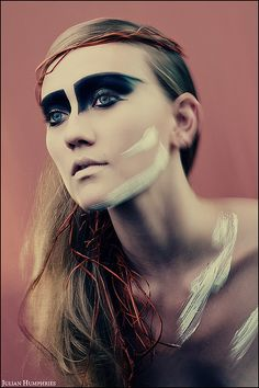 Obviously not wearable on a daily basis, but the boldness of the makeup is soooo alluring.