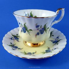 Royal Albert Yellow and White with Forget Me Nots Tea Cup and Saucer Set | Pottery & Glass, Pottery & China, China & Dinnerware | eBay!