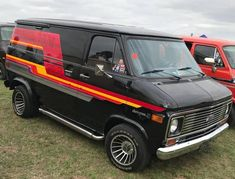 Van Camping, Camping Gear, Camping Style, Customised Vans, Custom Vans, Vintage Vans, Vintage Trucks, Gm Trucks, Chevy Trucks