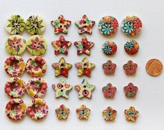 Wooden Buttons Floral Collection  Pretty Wood by GrannieBunting