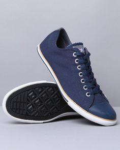 Converse Men Chuck Taylor All Star Slim Sneakers - Footwear. Ini asli keren..