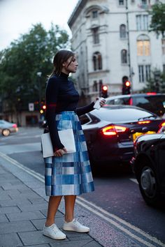 The Sartorialist / On the Street….I Love the Way This Look Walks, London // #Fashion, #FashionBlog, #FashionBlogger, #Ootd, #OutfitOfTheDay, #StreetStyle, #Style