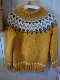 """no """"takk"""" -Genser Pullover, Sweaters, Fashion, Moda, Fashion Styles, Sweater, Fashion Illustrations, Sweatshirts, Pullover Sweaters"""