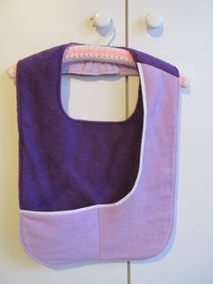 For the ladies - with side and bottom pocket for serviette, etc