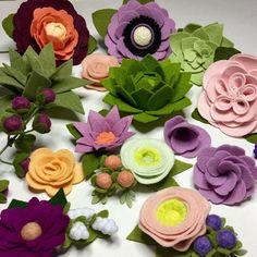 "36 Likes, 16 Comments - Tina Ward (@tsward4) on Instagram: ""Springtime on my work table! #feltflowers #woolfelt #flohraclass #handmade"""