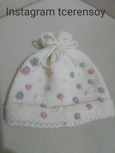 Loom Knitting Stitches, Baby Hats Knitting, Baby Knitting Patterns, Baby Patterns, Knitted Hats, Crochet Hats, Crochet Baby Poncho, Knitted Baby Cardigan, Baby Pullover