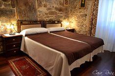Casa Roán es un alojamiento de turismo rural situada la bella Comarca da Ulloa, en pleno centro de Galicia.  Nos encontramos en Lodoso (Monterroso, Lugo), junto al Camino de Santiago (tramo francés entre Portomarín y Palas de Rei).
