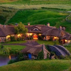 New Zealand, Hobbiton - Yes, it's a real place!!