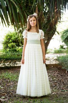 vestidos comunion 2016 Cute Dresses, Girls Dresses, Flower Girl Dresses, First Communion, Little Girls, White Dress, Wedding Dresses, Irene, Fashion