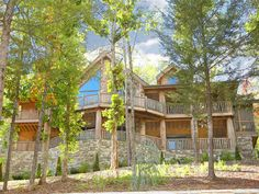 Pigeon Forge cabin rentals at http://www.encompassvacations.com