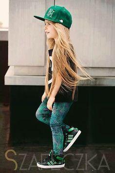 Que meninas mais linda e estilosa ♥♥♥