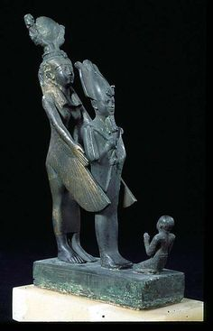 #Tekeret in devotion to protecting and reviving Isis Osiris. Late Period (664-332 BC.) bronze | Louvre Museum
