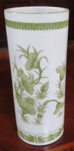Vintage Seymour Mann Japanese Porcelain Green Chinese Lotus Blossom Vase MINT