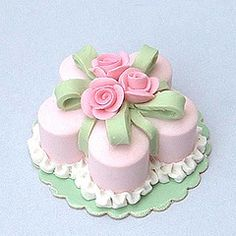 Miniature cakes placed together to form pedals of a flower