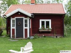Swedish Cottage, Wooden Cottage, Red Cottage, Red Houses, Little Houses, Sweden House, Homestead House, House In Nature, Small Cottages