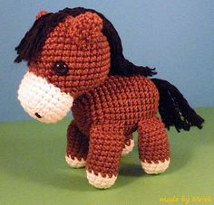 Amigurumi horse that could be a unicorn if only it had a horn....