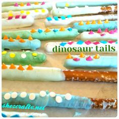 My daycare are in love with the spiked dinosaur tails. What we used: Almond Bark Pretzels Shaped Sprinkles Glass Melted almond bark in a glass mixing every 30 seconds. Took about 2 mins. Birthday Snacks, 3rd Birthday Parties, Third Birthday, Birthday Ideas, Dinosaur First Birthday, Dinosaur Party, Dinosaur Tails, Dinosaur Dinosaur, Dinosaur Themed Food