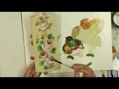 Join David Jansen MDA as he shows you how to quickly paint this small board with stroke roses.  Fun, easy and fast!