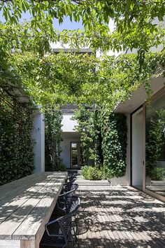 Vine arbor creates a shady outdoor dining area. Vine arbor creates a shady outdoor dining area. Gazebo, Patio Pergola, Cedar Pergola, Pergola Shade, Patio Roof, Pergola Plans, Pergola Kits, Backyard, Pergola Ideas