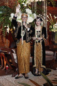 Pernikahan Adat Jawa Kathy dan Dzikri di Jakarta