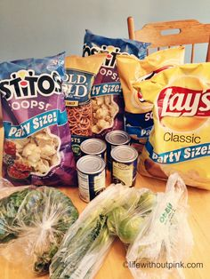 I love Frito-Lay! Trying very hard to abstain. I'd love another taste; Mexican Food Recipes, Snack Recipes, Snacks, Frito Lay, Food Porn, Chips, Food And Drink, Favorite Recipes, Eat