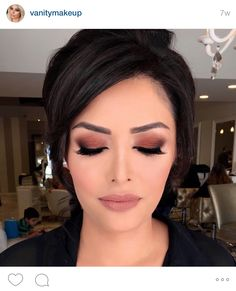Beautiful and different bridal look