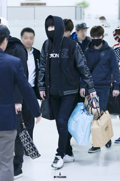 141225- EXO Park Chanyeol; Osaka Airport to Gimpo Airport #exok #fashion #style